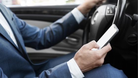 Four Ways To Avoid Distracted Driving
